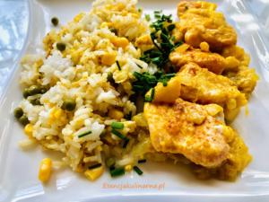 Łosoś z imbirem i mango z ryżem jaśminowym