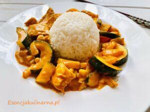 Curry z kurczakiem i warzywami