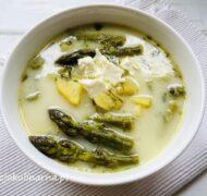 Zupa szparagowa z ziemniakami i fetą